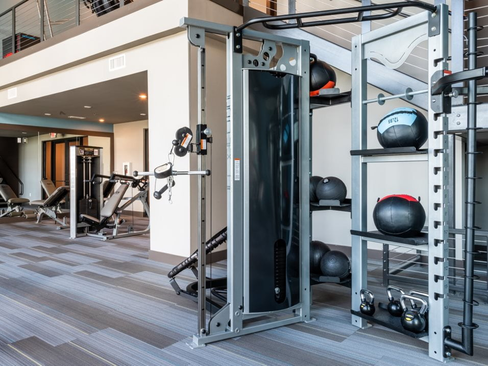 apartments with fitness centers in ft worth