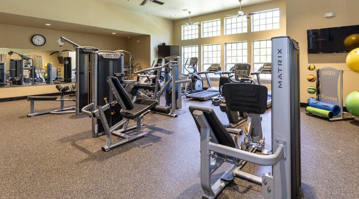 apartments with gyms